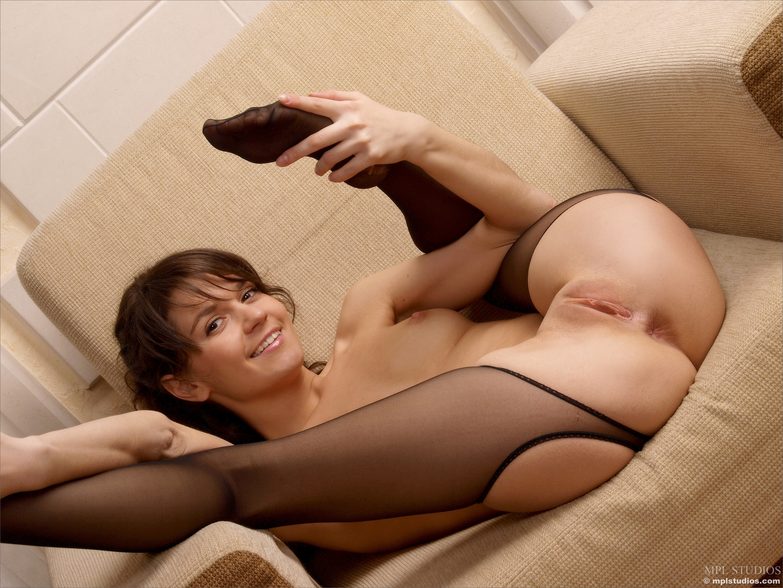 turboimagehost.com imagesize:960x1440bd porn r