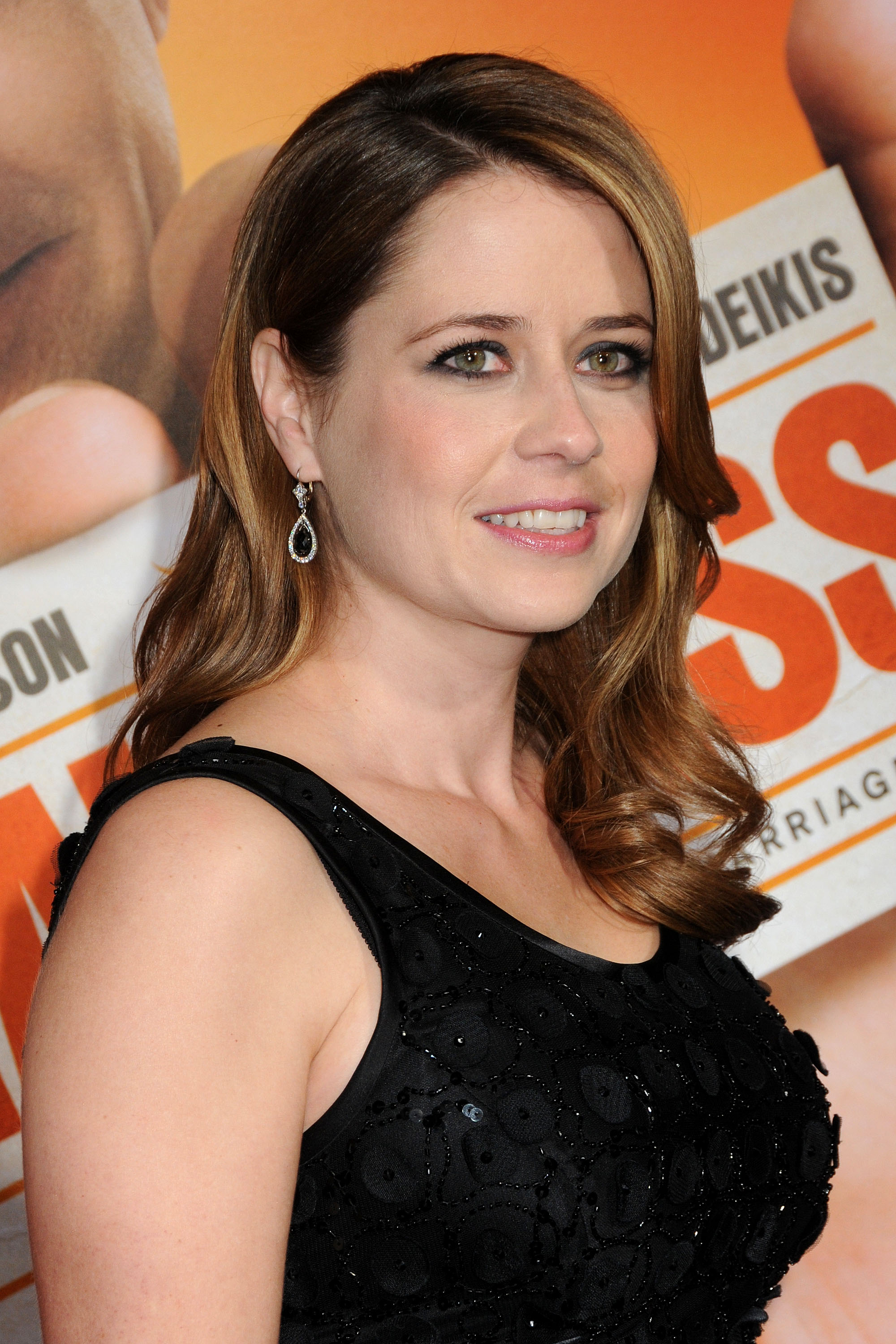 Jenna Fischer 2011 Kosty 555 info 001 Jenna_Fischer_2011_Kosty555  makeup cosmetics pictures bollywood 34f bikini fitness swimsuits