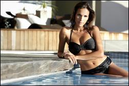 6109635_MCo_SS_2011_SwimWear_Ad_Campaign_10.jpg